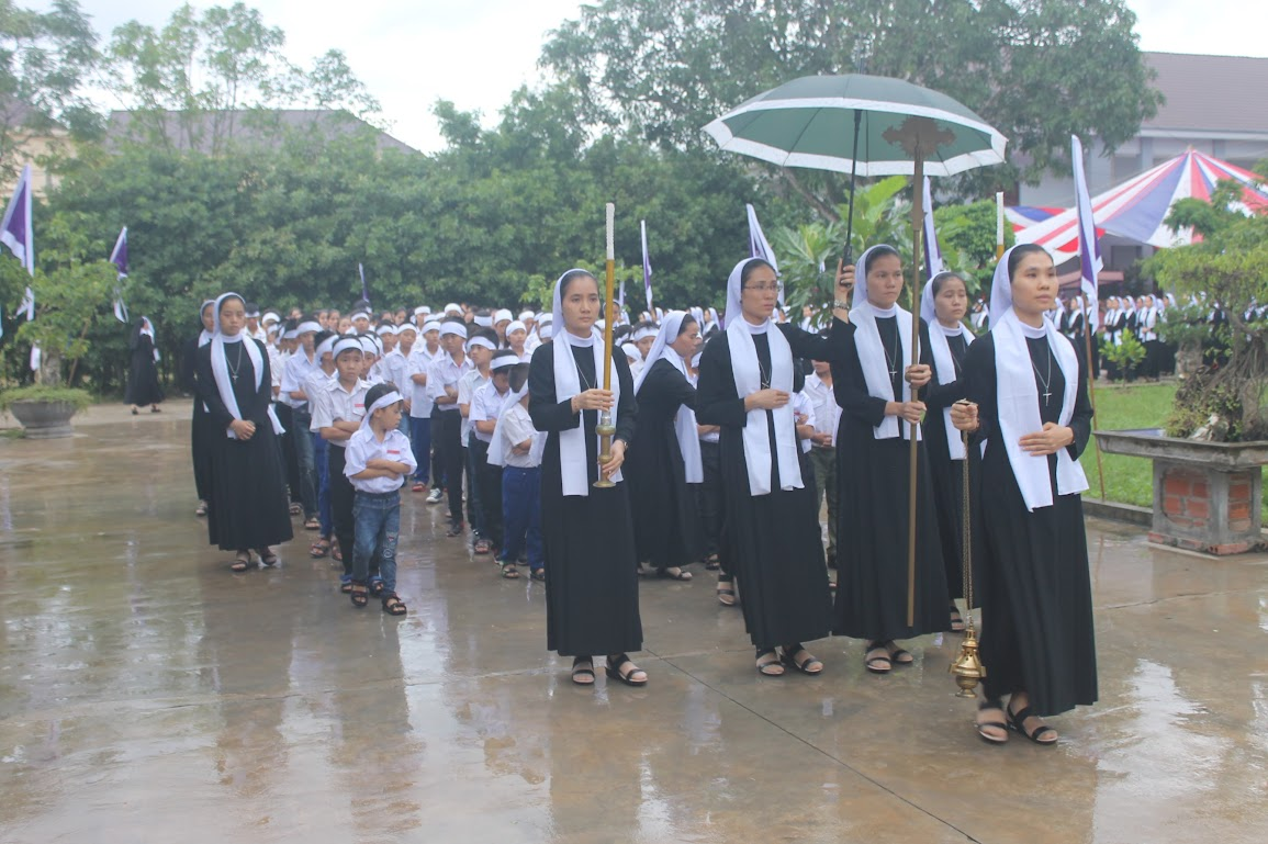 Thánh Lễ An Táng Nữ Tu Anna Trần Thị Phượng - Dòng Mến Thánh Giá Vinh - Ảnh minh hoạ 13