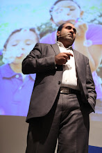 """Photo: Rohit Bhargava - keynote on """"10 global business trends for 2012"""""""