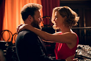 Seth Rogen and Charlize Theron in Long Shot.