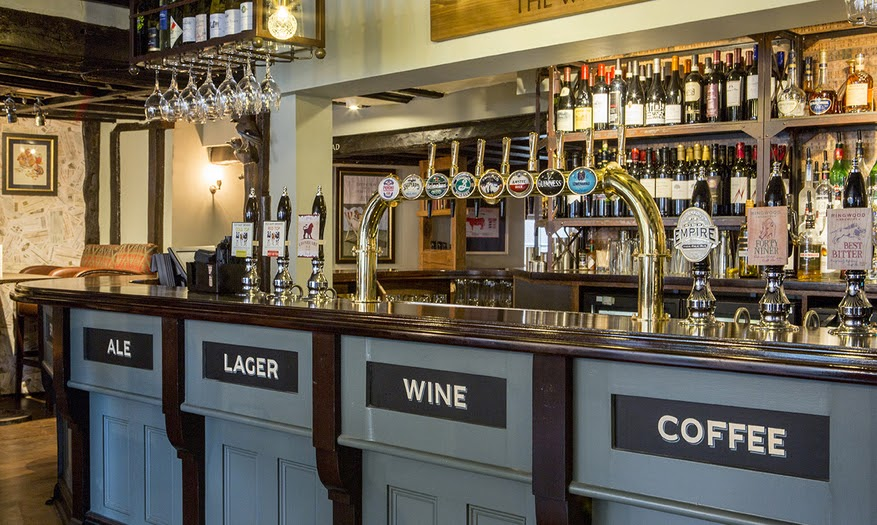 White Lion Hotel Tenterden - public bar serving real ale, local cider, wines and food