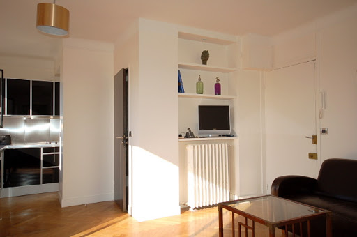 Comfy living room at Studio apartment near Eiffel Tower