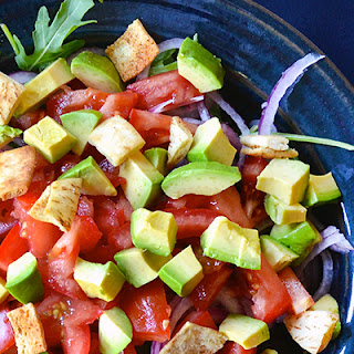 Arugula Salad with Avocado and Tomato