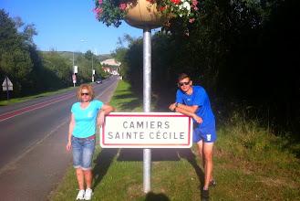 Photo: AnnaMaria et son fils, à Camiers Sainte Cécile (Pas de Calais)