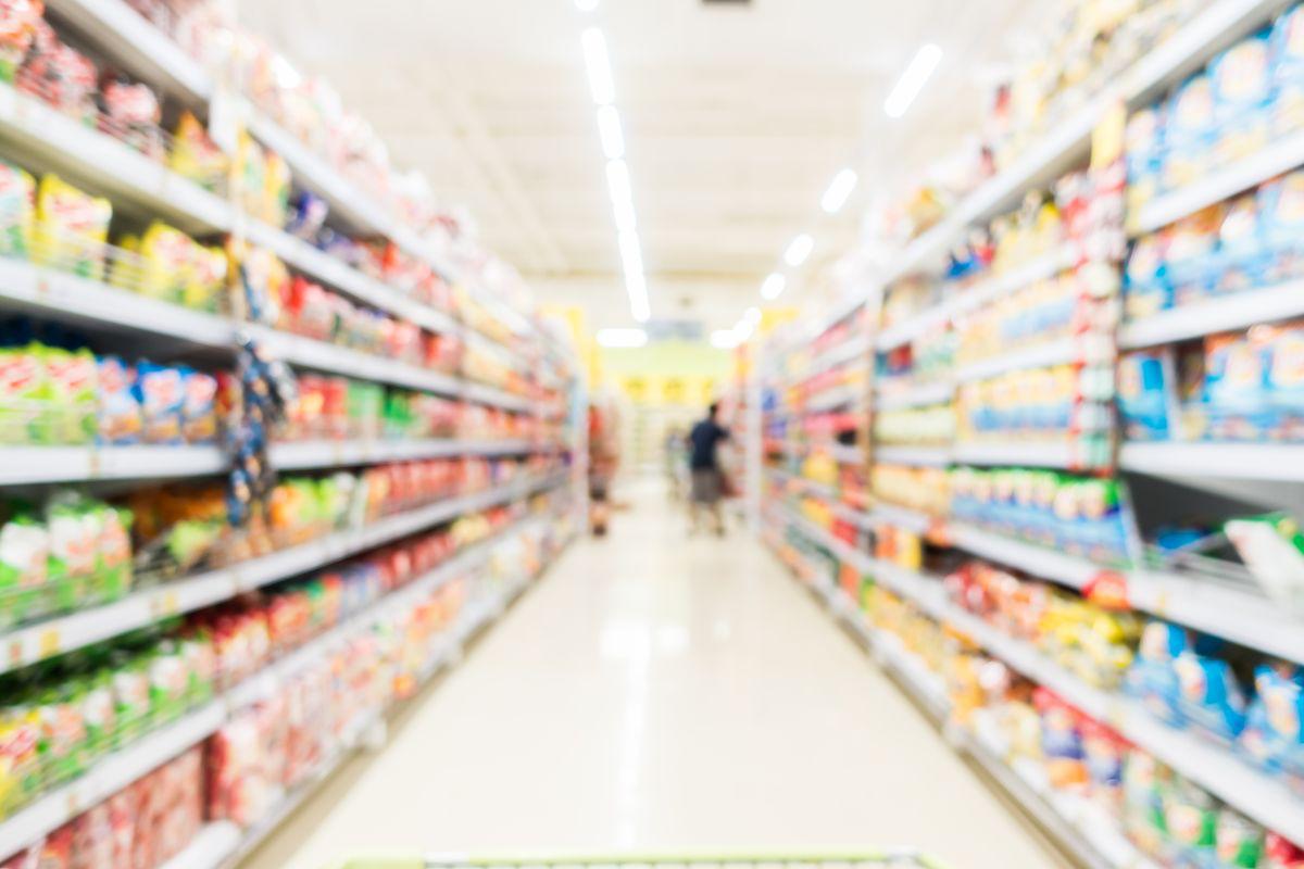 grocery-store-shelves-order-management