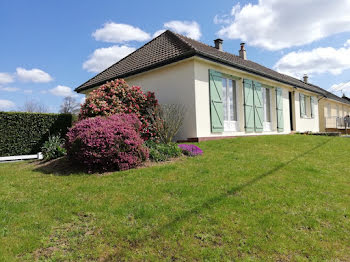 maison à Montreuil-Poulay (53)