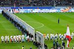 ? Herta Berlijn viert val de muur met wel erg opvallend tafereel tijdens opwarming voor doelpuntenfestival tegen Leipzig