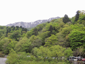 Photo: 雪渓が日本アルプスを彷彿させる。