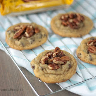 Easy Chocolate Chip Turtle Cookies.