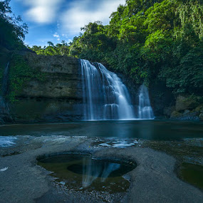 Another view of Wah Krip Falls with FG by Manabendra Dey - Landscapes Waterscapes ( calm, wah krip falls, waterfalls, serene, magical, long shutter, meghalaya, reflections, india, long exposure, dawki )