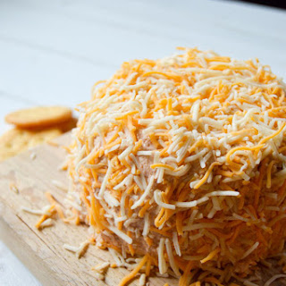 Spicy Taco Cheese Ball