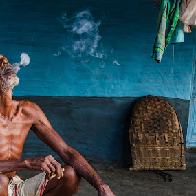 Smoking kills by Rahul Chakraborty - People Portraits of Men (  )