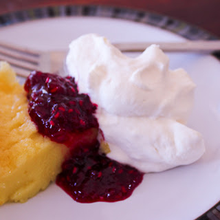 {recipe} Finnish Pancake with Raspberry Red Wine Sauce
