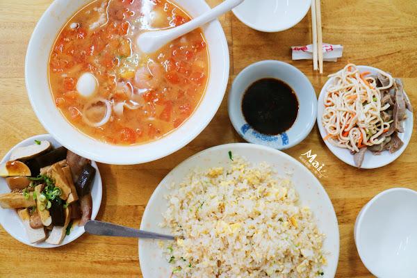 台中美食 ▌平價份量超大的超夯在地美食 老向的店 CP值高 好吃大推!附菜單《麻依專欄》