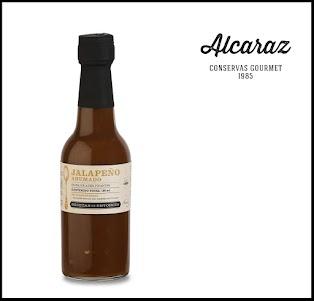 Mix de ajíes picantes de sabor y ahumados con madera de frutales. Ideal para acompañar carnes rojas y guisos