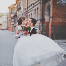 Wedding photographer Viktoriya Kononova (VickyMouse). Photo of 17.07.2014