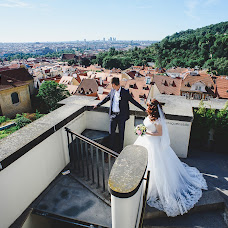 Wedding photographer Elya Minikhanova (elkinofoto). Photo of 26.07.2017