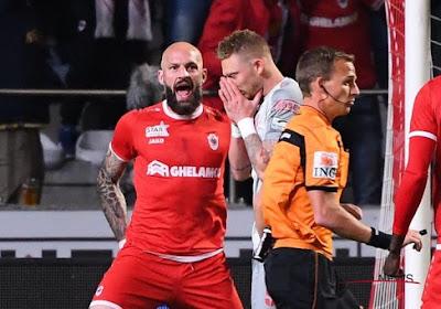 Le Standard manque de mener, l'Antwerp s'installe sur le podium après un match animé (et arrêté)