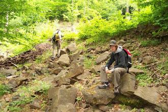 Photo: Znavení účastníci po výstupu do strmého kopce... Vlevo Dominik, vpravo Martin, pro kterého byla tato výprava šutrácká premiéra...