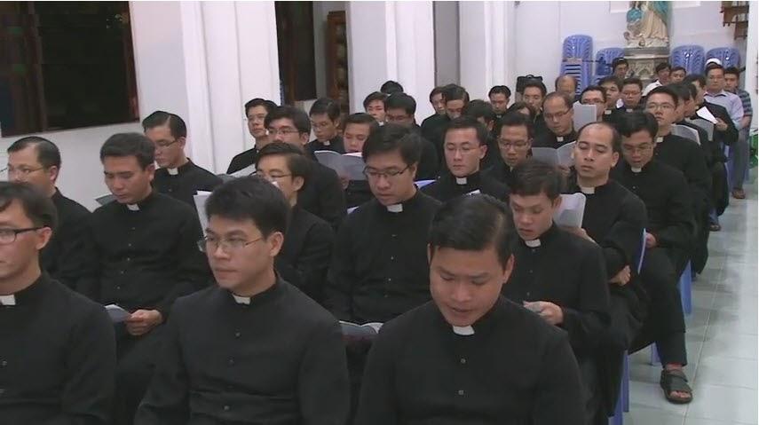 Nghi thức Tuyên thệ của Đức Tân Giám mục Luy Nguyễn Anh Tuấn - Ảnh minh hoạ 3