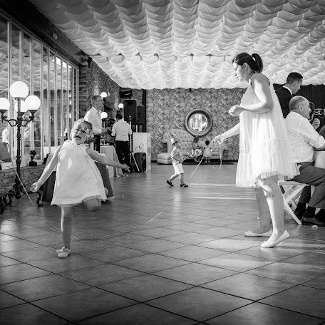 Wedding photographer Carlos Luengo (CarlosLuengo). Photo of 07.10.2017
