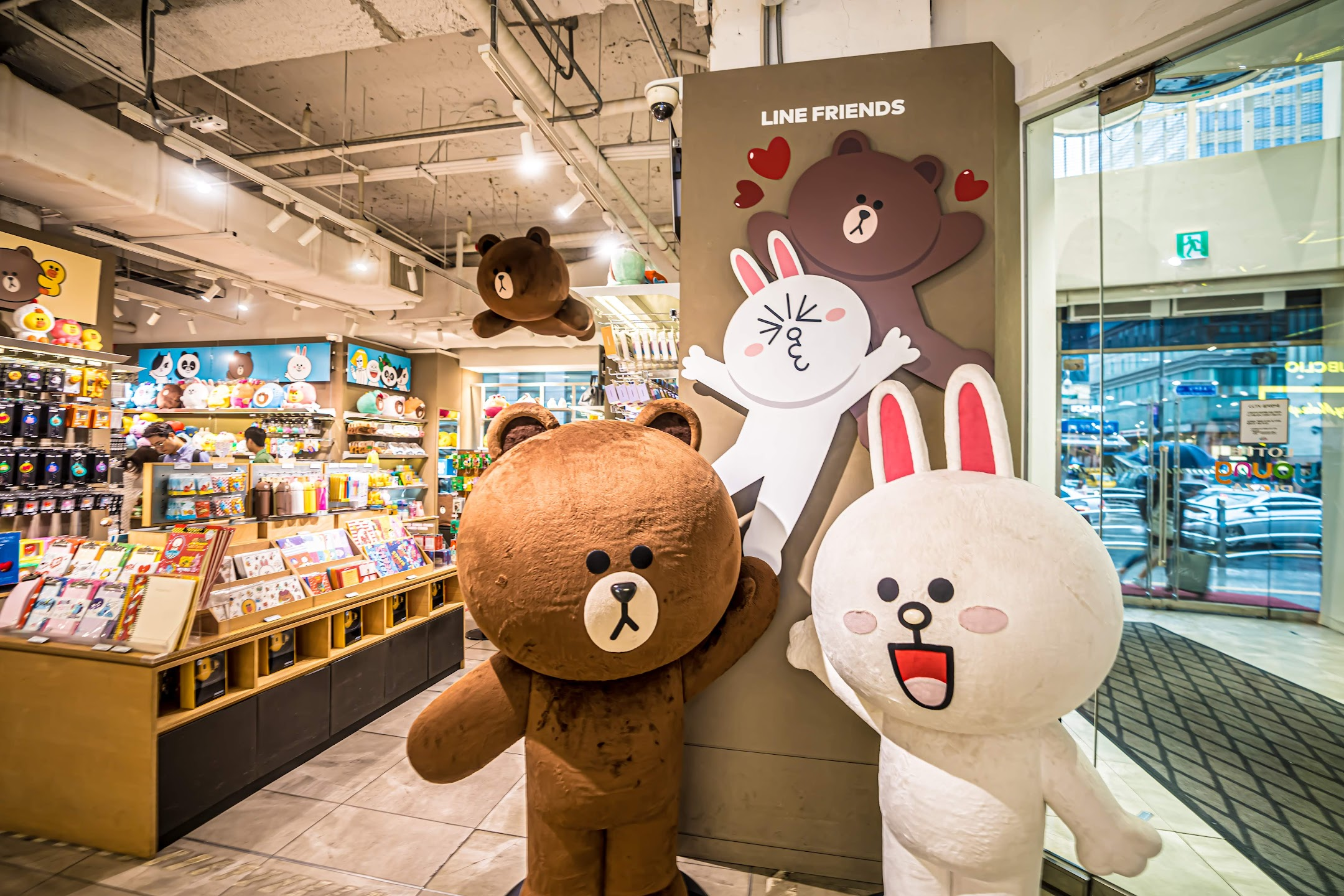 Seoul Myeong-dong Lotte Young Plaza LINE FRIENDS