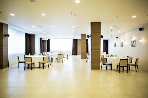 Площадка для свадьбы у воды «Ресторан «Этюд»» 2