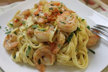 Lemon & Herb Linguine With Shrimp Recipe