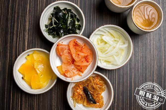 玉豆腐韓國家庭料理免費小菜