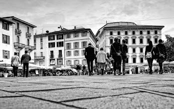 Photo: Lugano - Piazza Riforma
