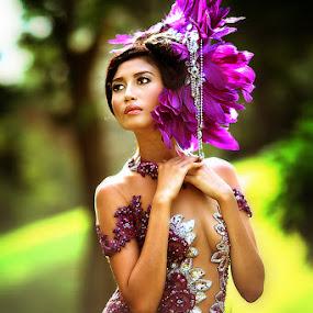 Purple by Taufik  Agustian - People Portraits of Women