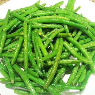 Garlicky Green Beans with Olive Oil