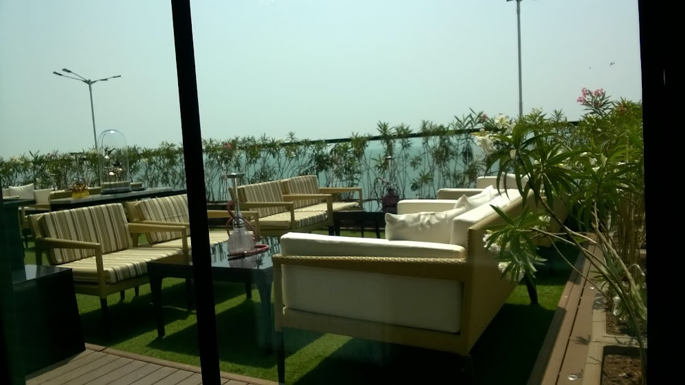 rooftop-restaurants-mumbai-long-&-short_image
