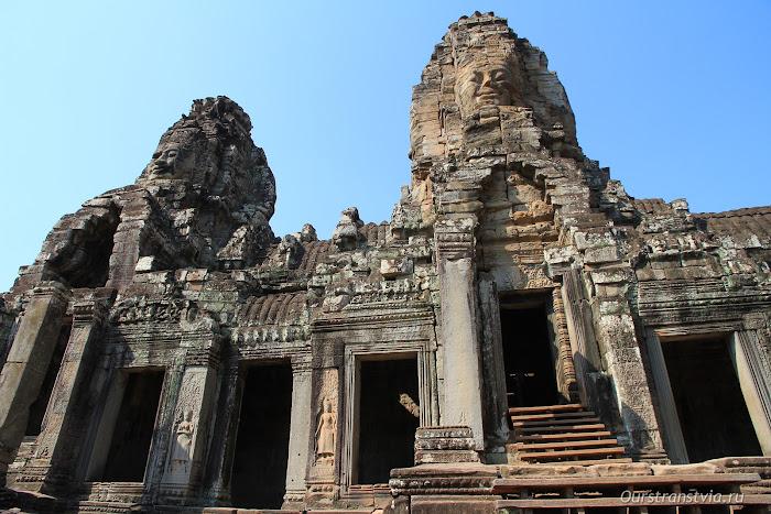 Храмы малого круга Ангкора - Байон
