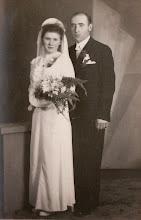 Photo: Zdjęcie ślubne Jana Aksamita z żoną.  Zdjęcie udostępnione prze P.Ewe Aksamit.