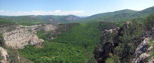 Photo: Низовья Чернореченского каньона со скалы Иссар.