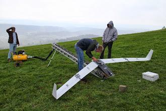 Photo: Na zdjęciu samolot bezzałogowy BSL-X1 wraz z zespołem EUROVIA z Politechniki Rzeszowskiej. Zespół zastosował ciekawą koncepcję katapulty pneumatycznej zasilanej kompresorem.