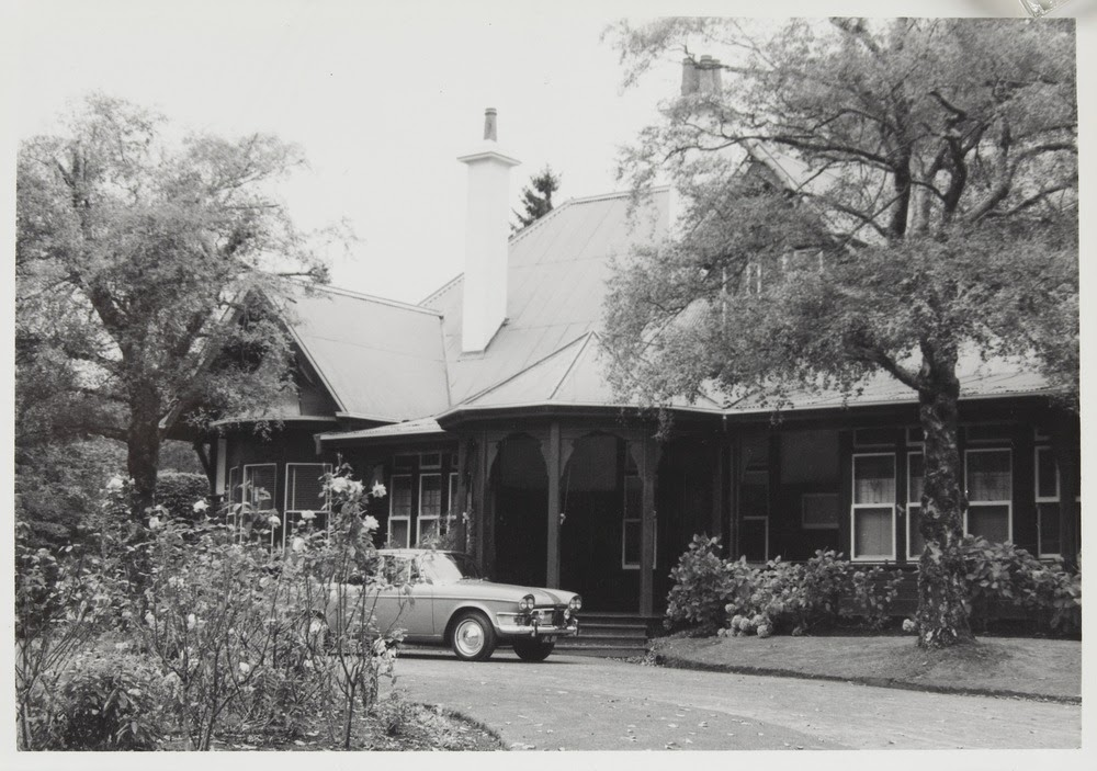 Sefton, Mt. Macedon 1966, Photo: John Collins, SLV