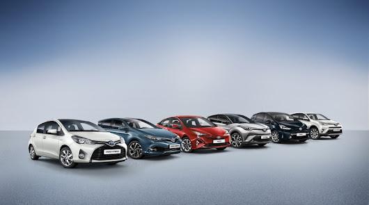 Toyota sigue liderando el mercado de híbridos en octubre