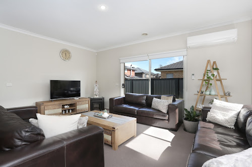 Photo of property at 12 Waterway Street, Craigieburn 3064