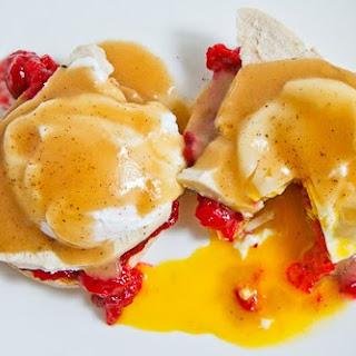 Thanksgiving Leftovers Eggs Benedict