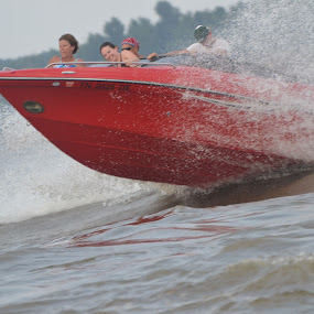 Boat Jumping Waves on Mississippi by Sidney Vowell - Novices Only Street & Candid