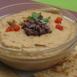 Roasted Red Pepper Hummus [Vegan]