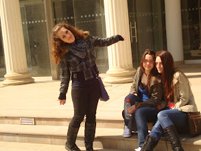 Photo: 3 Greek girls