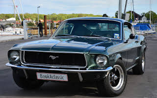 Ford Mustang GT Fastback Rent Fyn