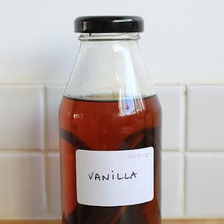 Homemade Pure Vanilla Extract Recipe