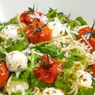 Pasta with Roasted Tomatoes, Mozzarella and Arugula