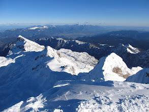 Photo: zadaj Kamniško Savinjske Alpe