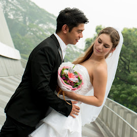 I long for you by Edwin Koh - Wedding Bride & Groom