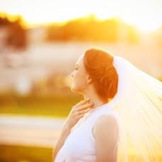 Wedding photographer Anna Guseva (angphoto). Photo of 03.12.2017