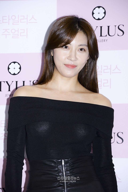 ha ji won youthful 9